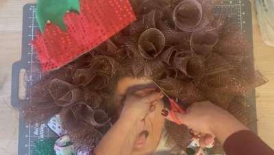 give elf a haircut
